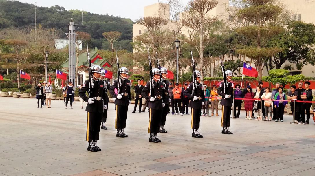 Changing of the Guard (禮兵儀式)