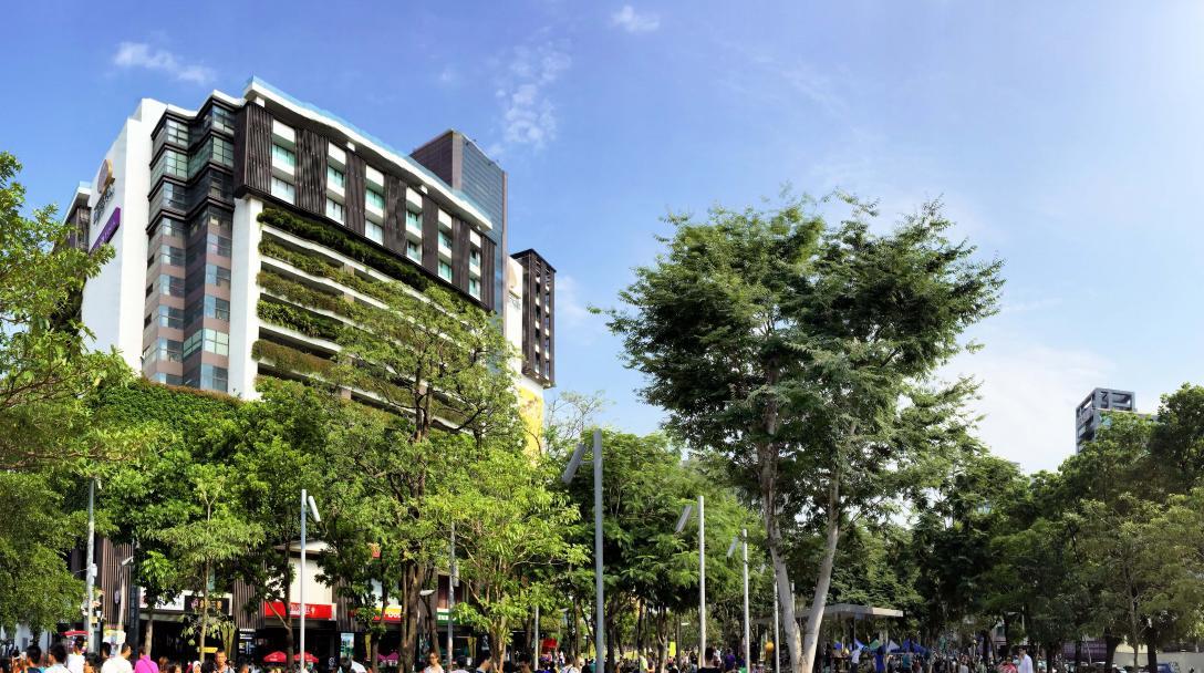 Taichung Eslite Park Lane (誠品綠園道)