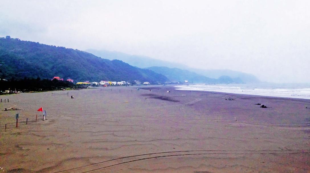 Wushigang Harbor (烏石港)