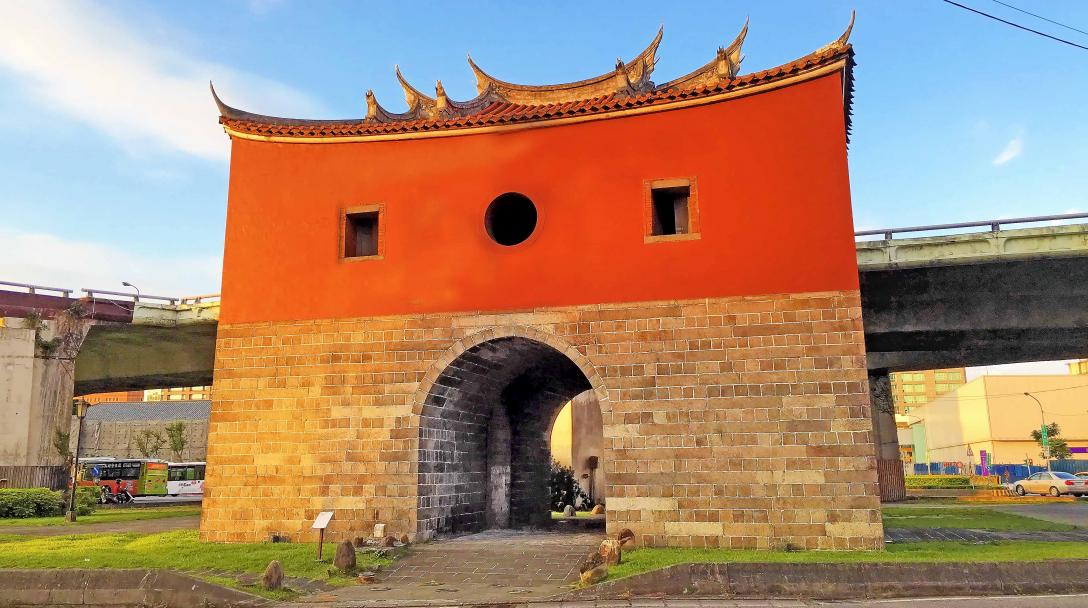 Taipei Old North Gate (承恩門, 台北府城北門)