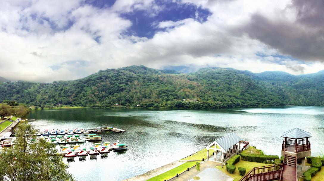 Hualien Liyu Carp Lake (花蓮鯉魚潭)