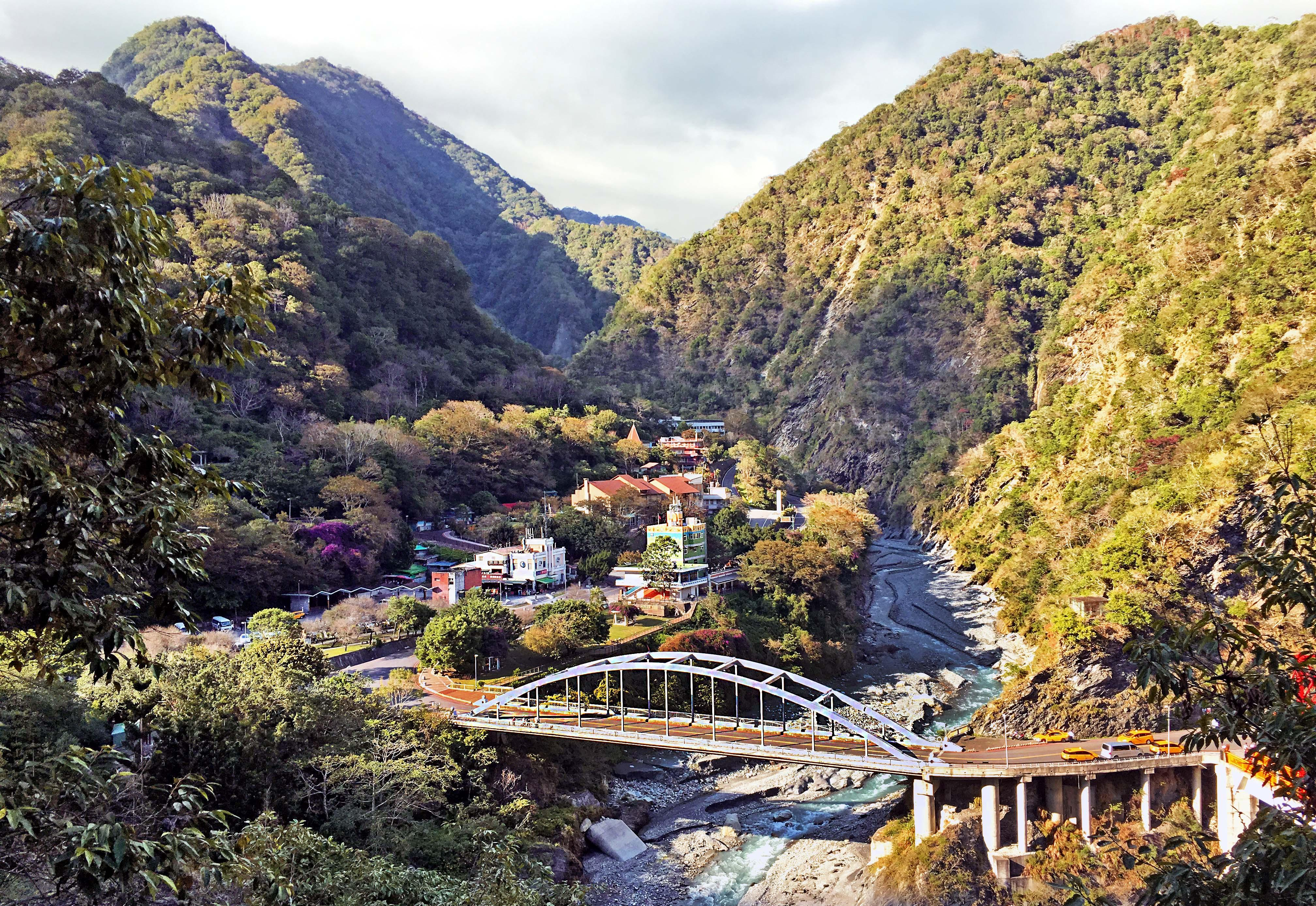 how to get to taroko national park from taipei